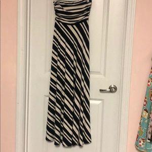 Comfy strapless dress